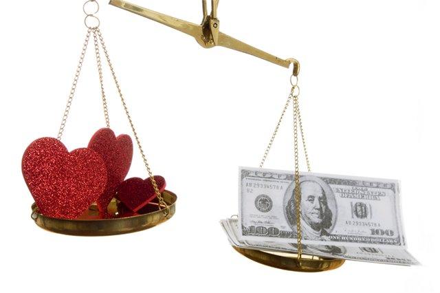 ԶՐՈՒՑԱՐԱՆ. Փողը աղջիկ-տղա հարաբերություններում