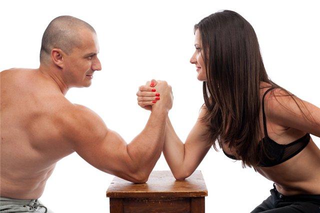 Կլոր սեղան. Ինչու՞ են ծագում ընտանեկան վեճերը